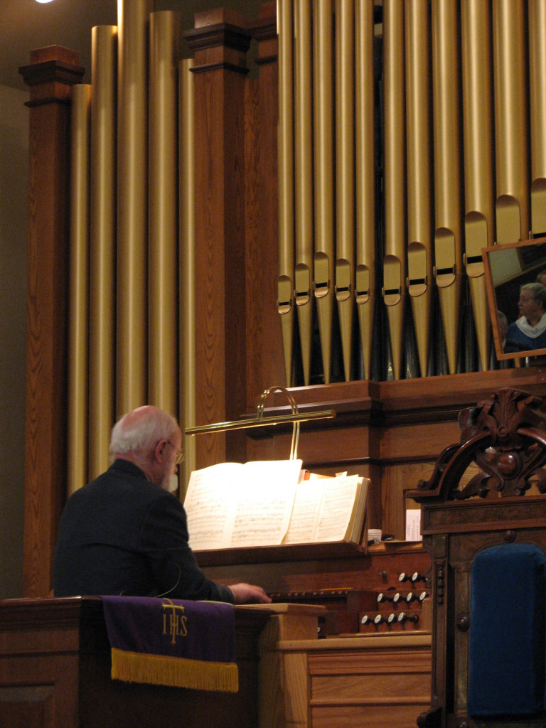 Bradford UCC's own John Atwood at the organ